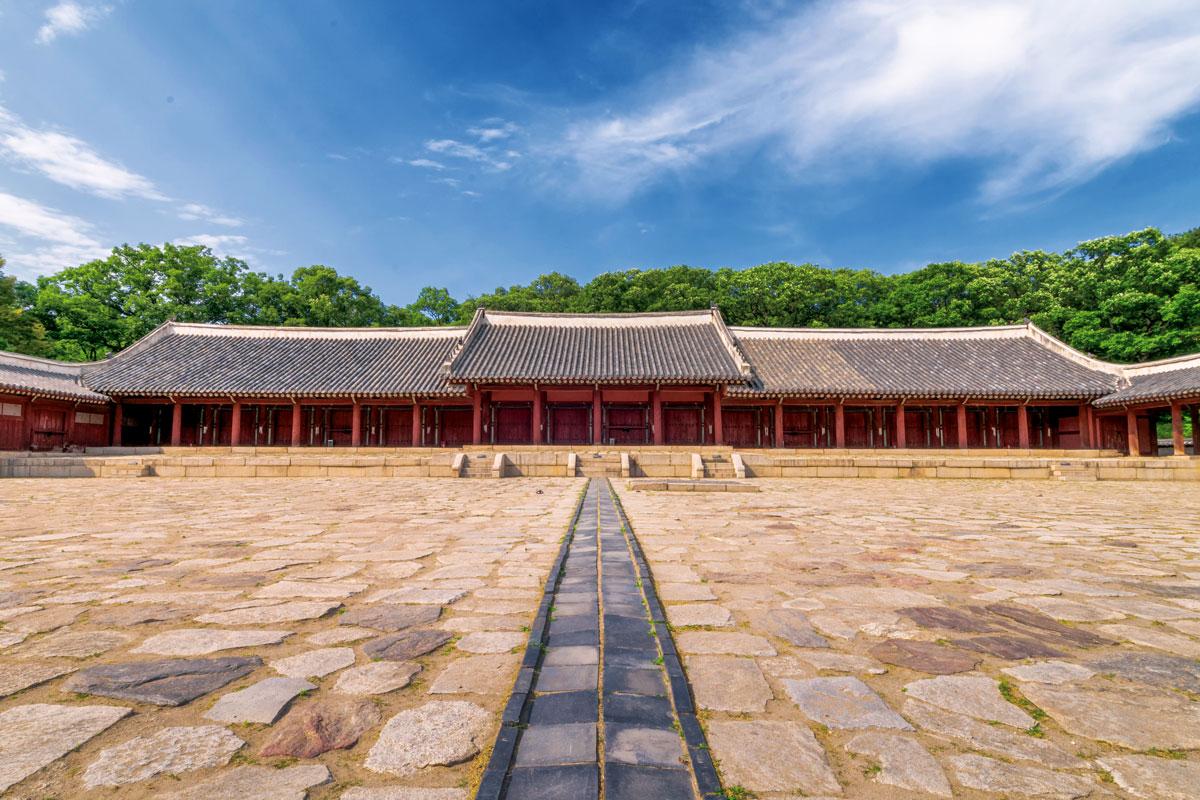 ศาลเจ้าจงมโย : Jongmyo Shrine