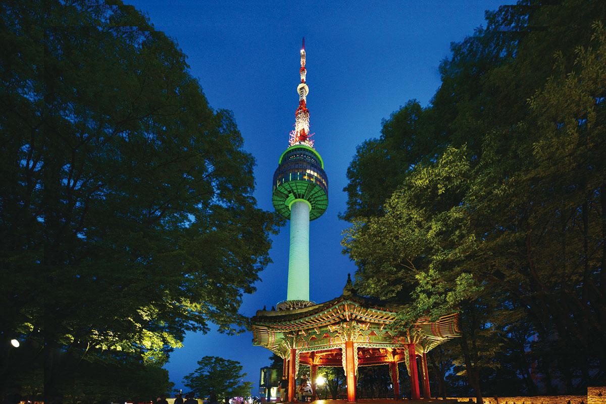 อุทยานนัมซาน หอคอยนัมซาน โซล : Namsan Seoul  Tower