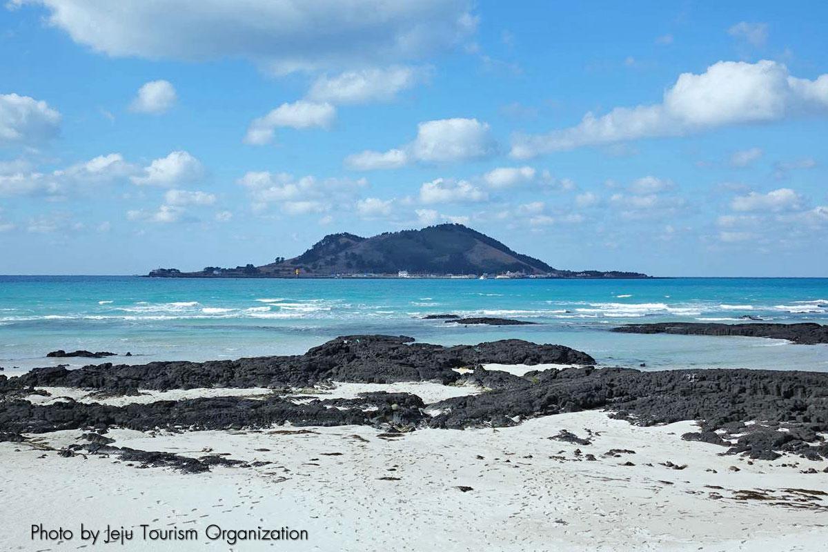 ชายหาดฮยอนแจ : Hyeopjae Beach