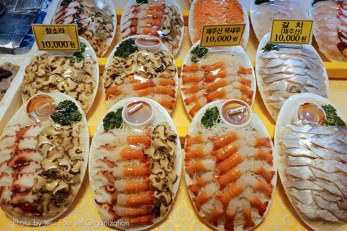 ตลาด ซอกวีโพ โอลเล่ : Seogwipo Daily Olle Market