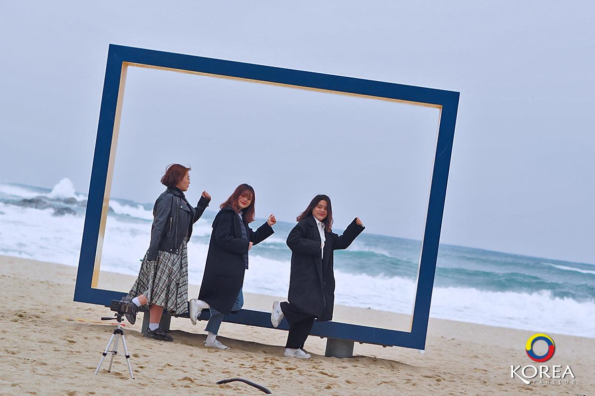 ชายหาดคยองโพ : Gyeongpo Beach